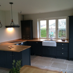 Contemporary and eyecatching kitchen with bespoke solid oak worktops